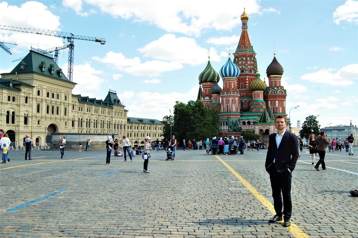 новосибирске доступна красивые фото людей на красной площади грамотно построенный