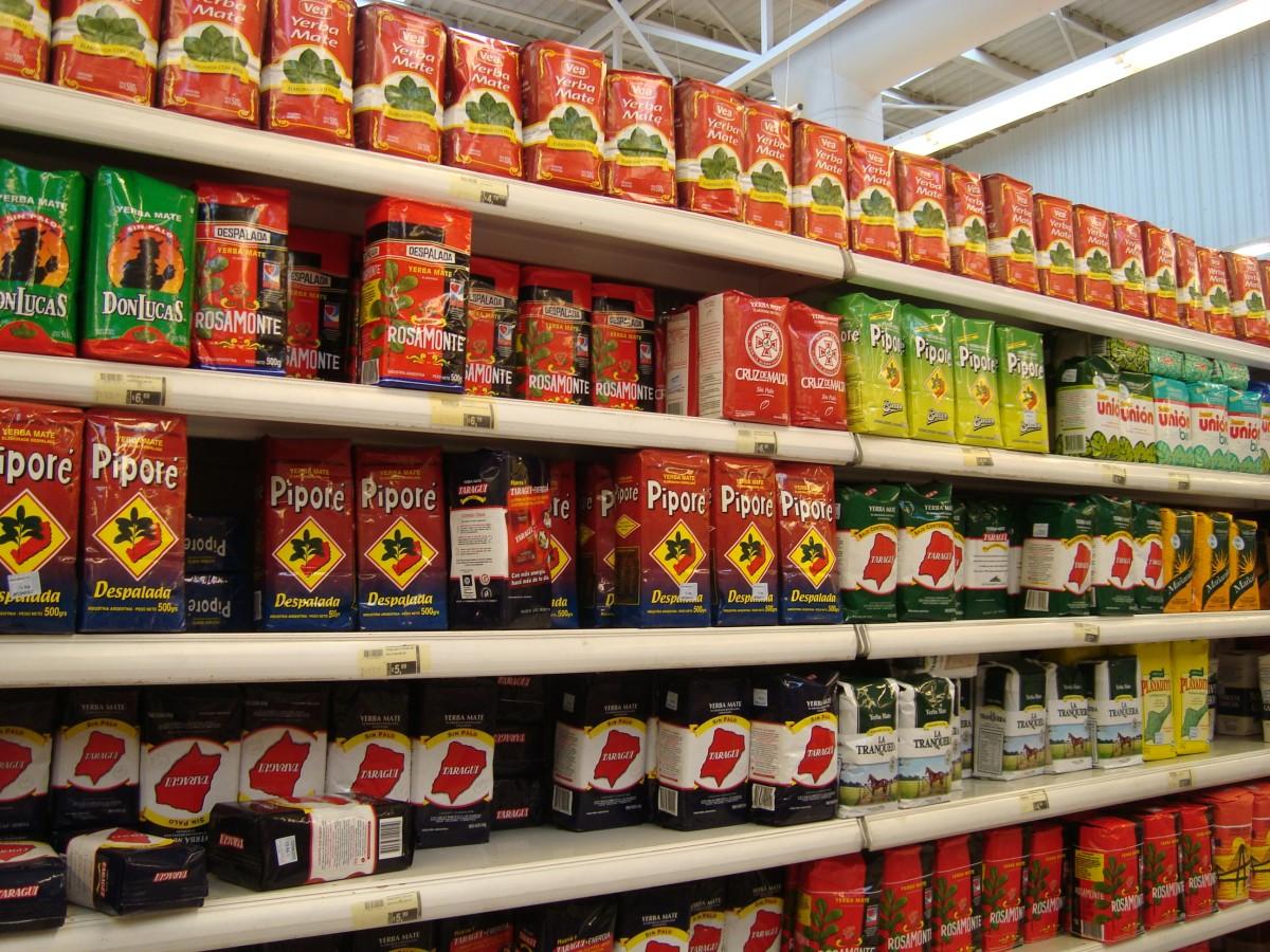 йерба мате в аргентиском супермаркете