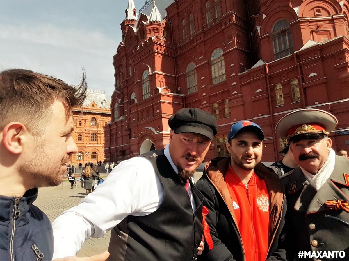 Демис Карибидис Ленин, Сталин