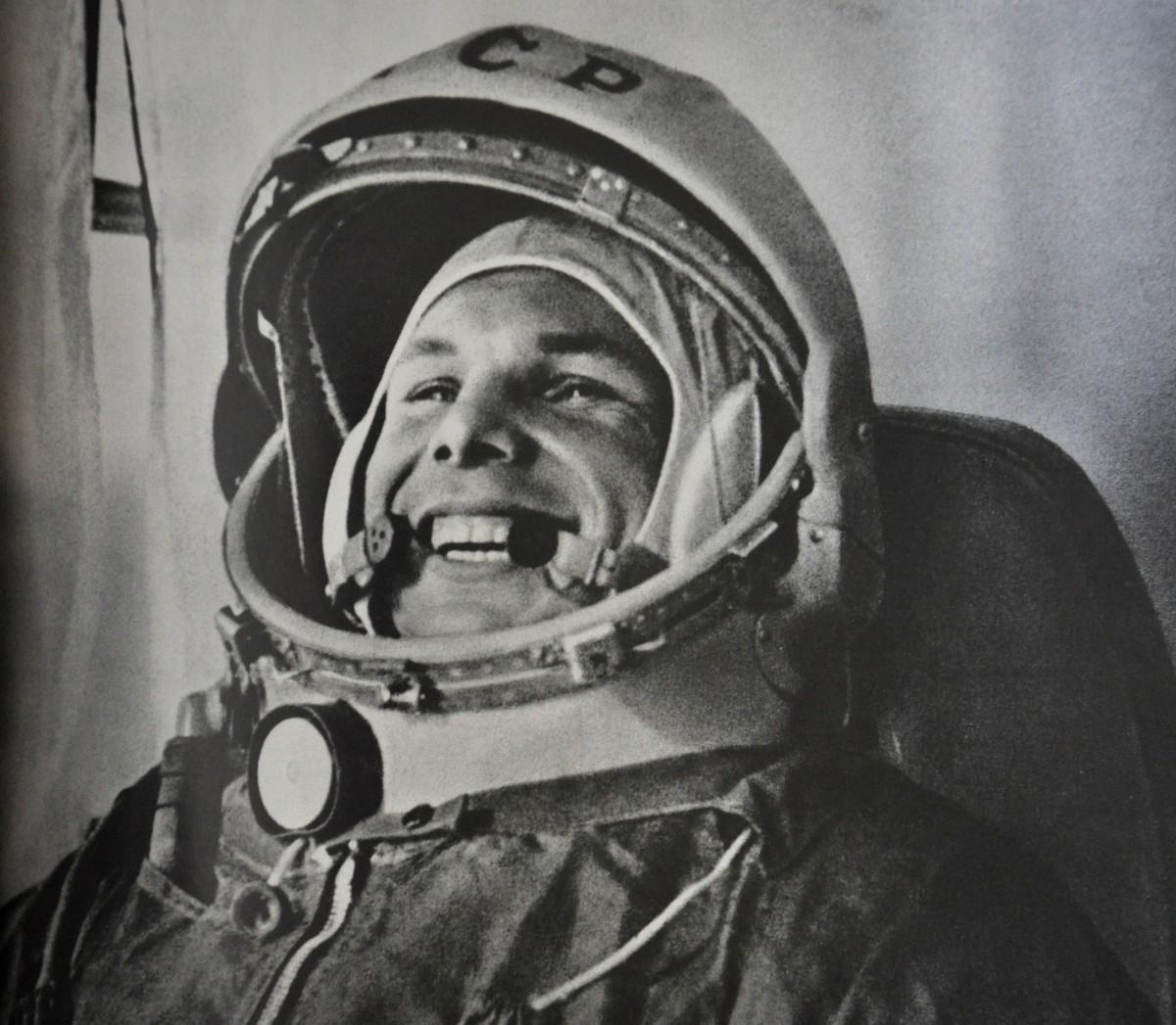 Юрий Алексеевич Гагарин - первый космонавт планеты перед полётом