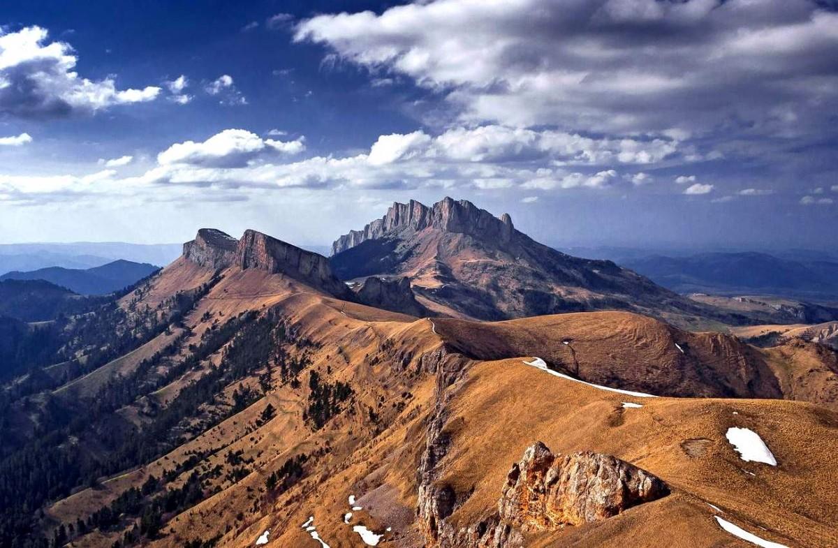 горы пятитысячники