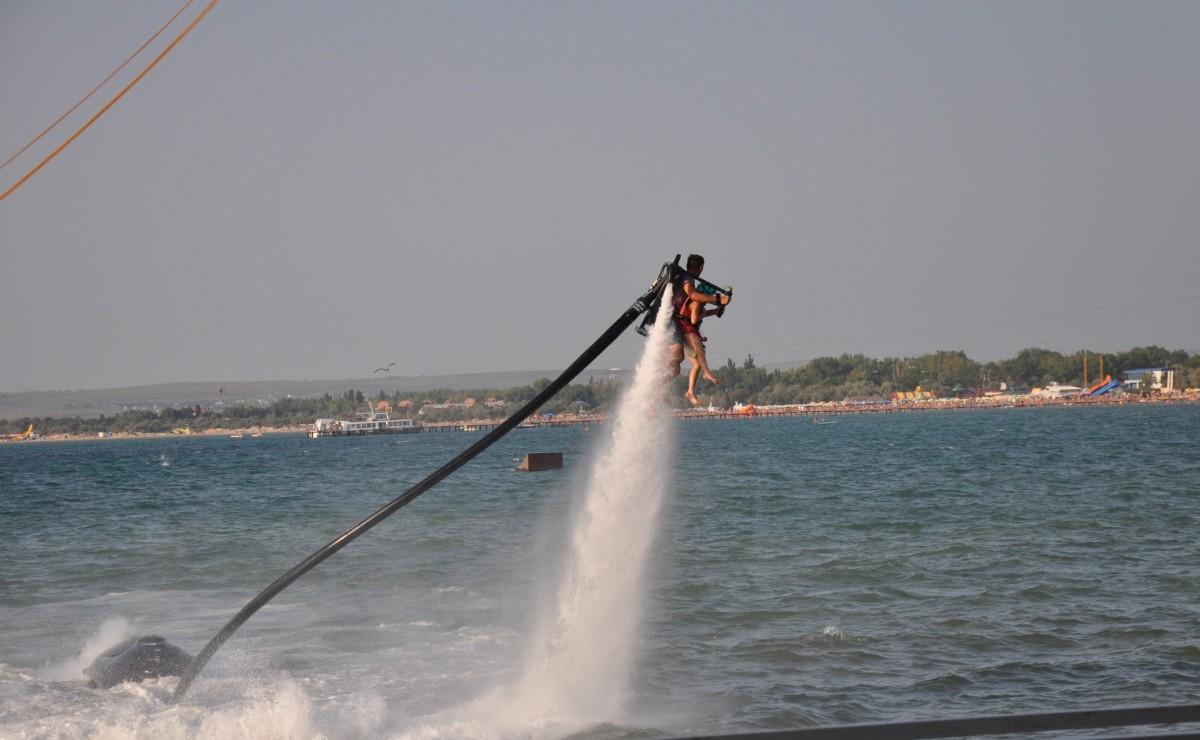 реактивный ранец для полетов над водой