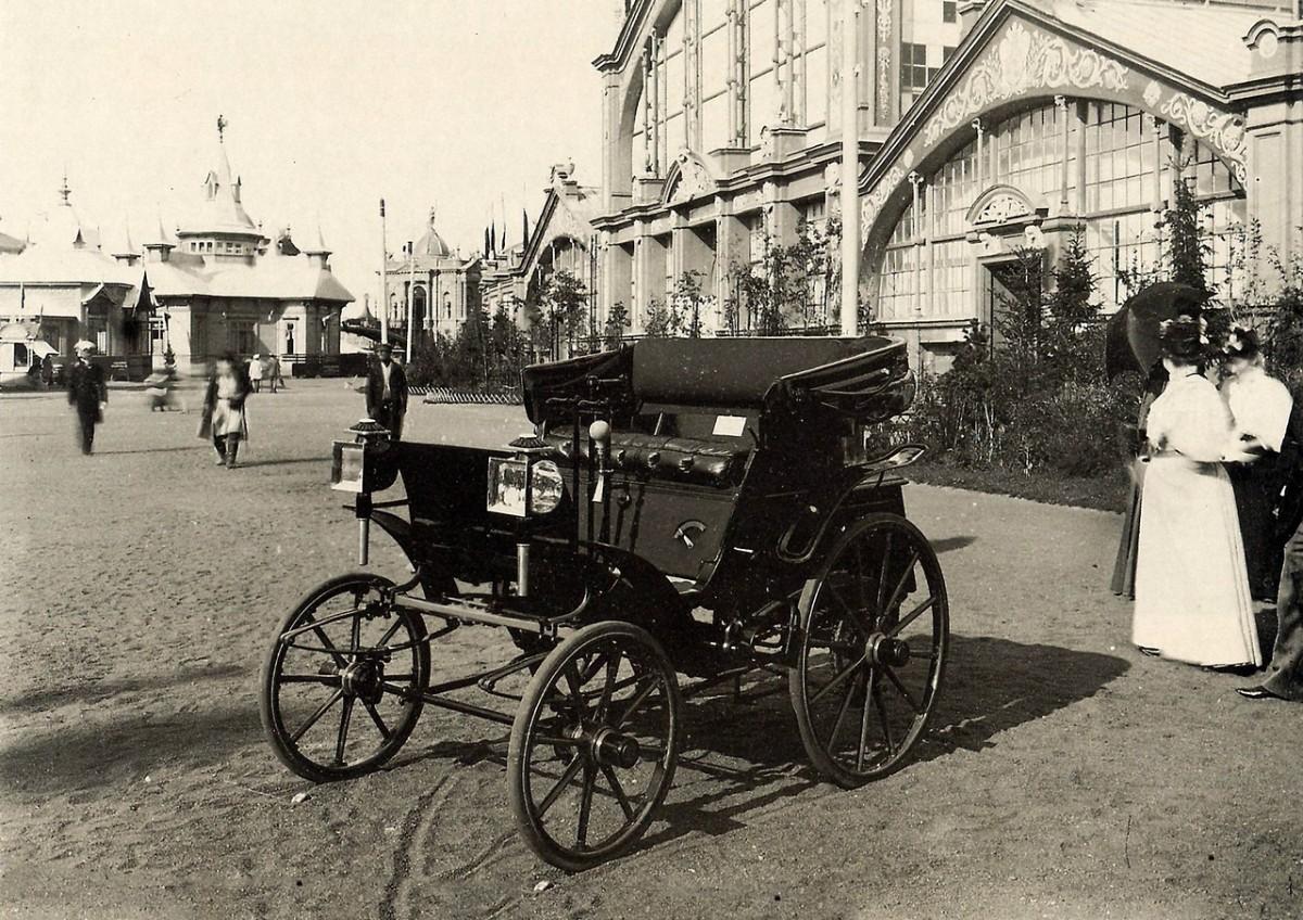 Автомобиль Яковлева -Фрезе в Нижнем Новгороде на всероссийской выставке