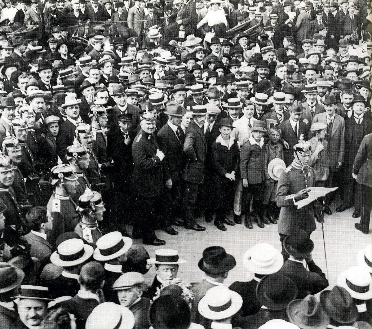 Военный митинг в Германии, 1914