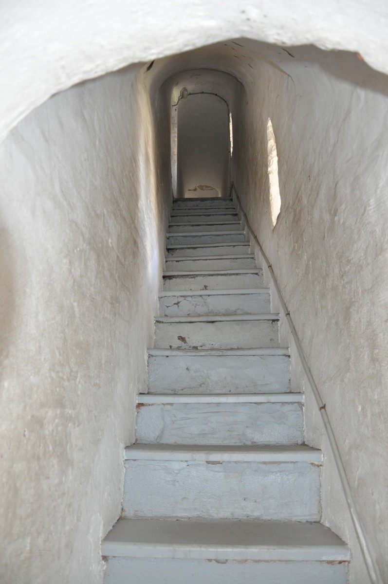 ступени на колокольню в Спасо-Преображенском монастыре в Ярославле