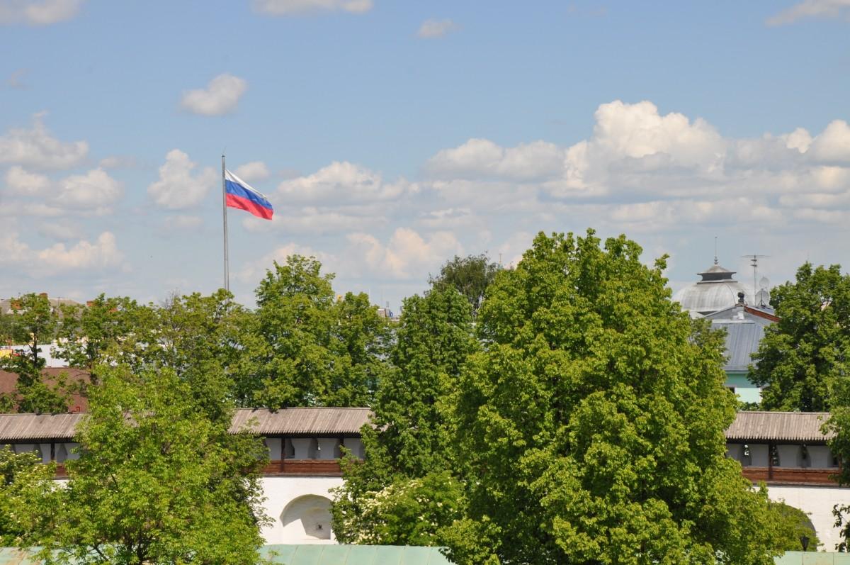 Вид с колокольни Ярославского музея-заповедника