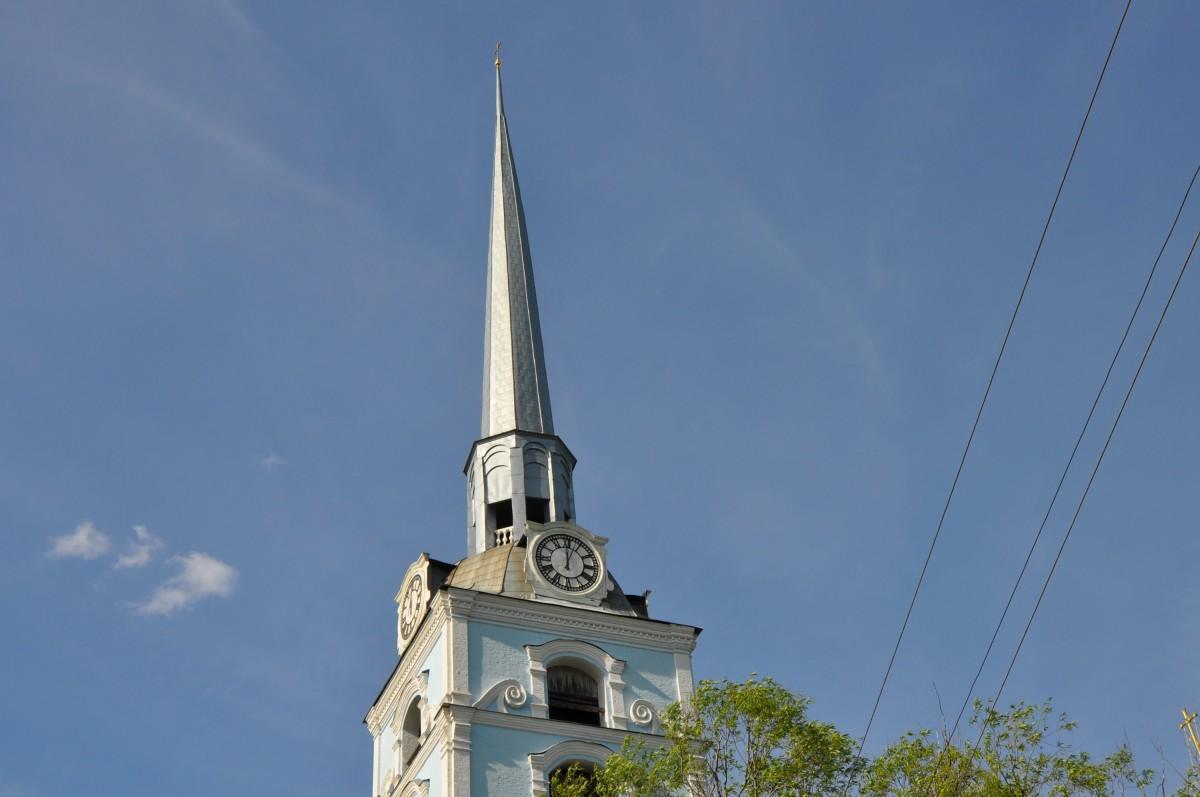 Колокольня Петропавловской церкви Ярославля