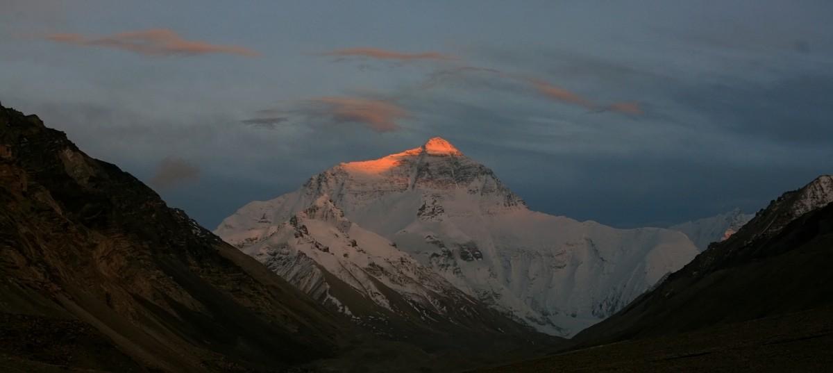 Восход солнца на Эвересте